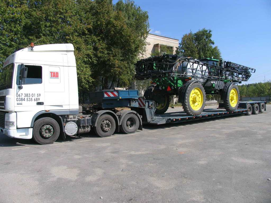 Transportation-agricultural machinery-Case