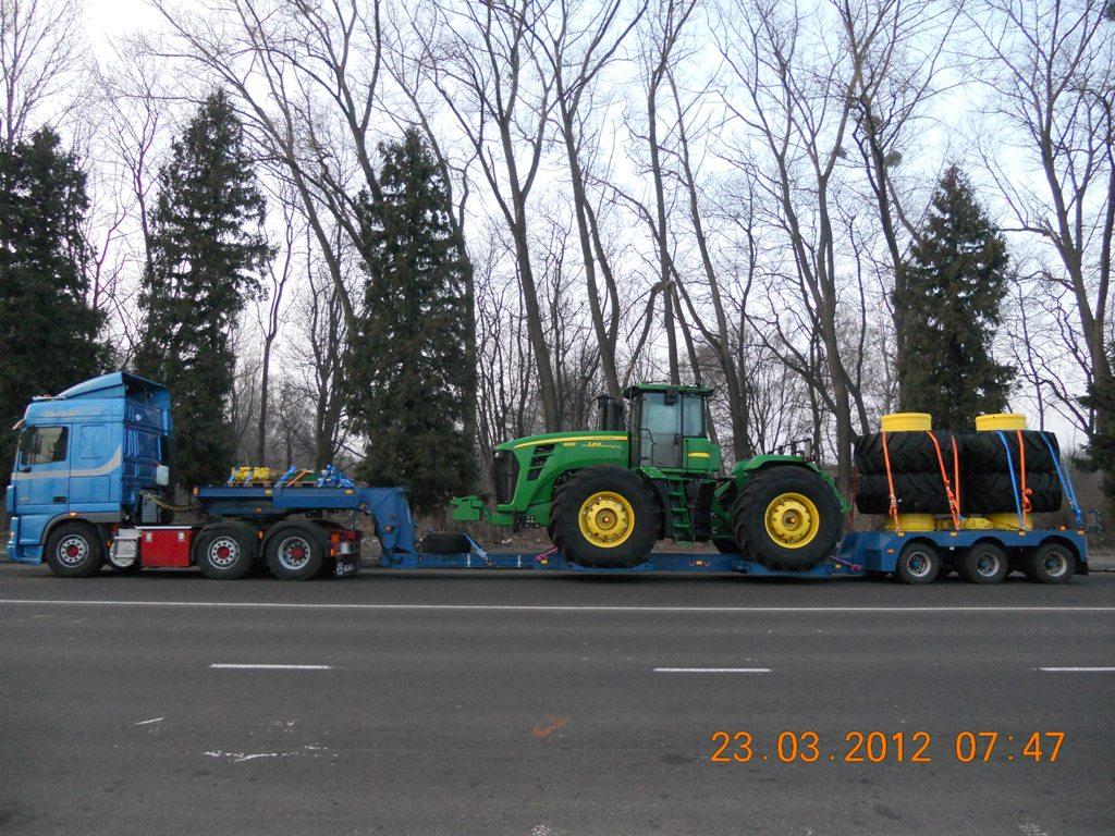 Перевозка трактора Джон Дир 9530 со спаренными колесами - 2