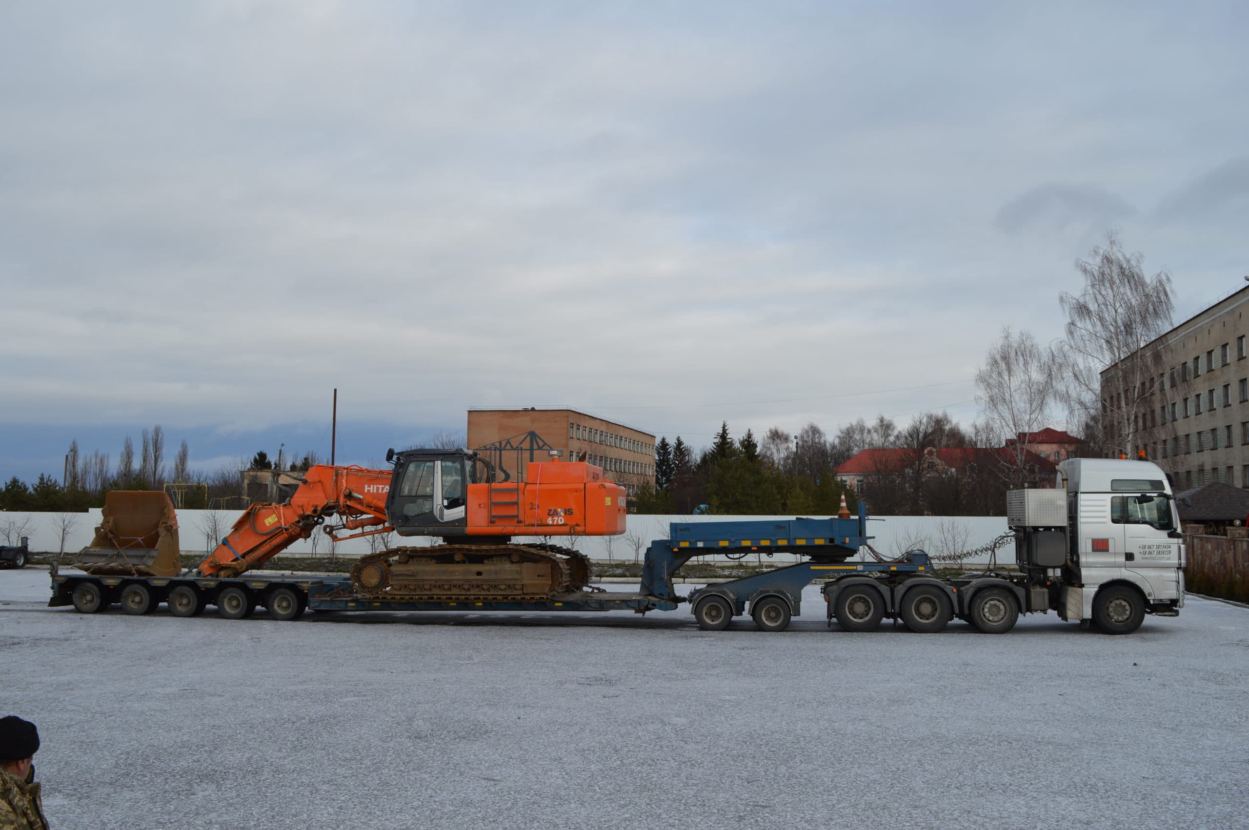 Transportation of the Hitachi ZX470 excavator from Europe