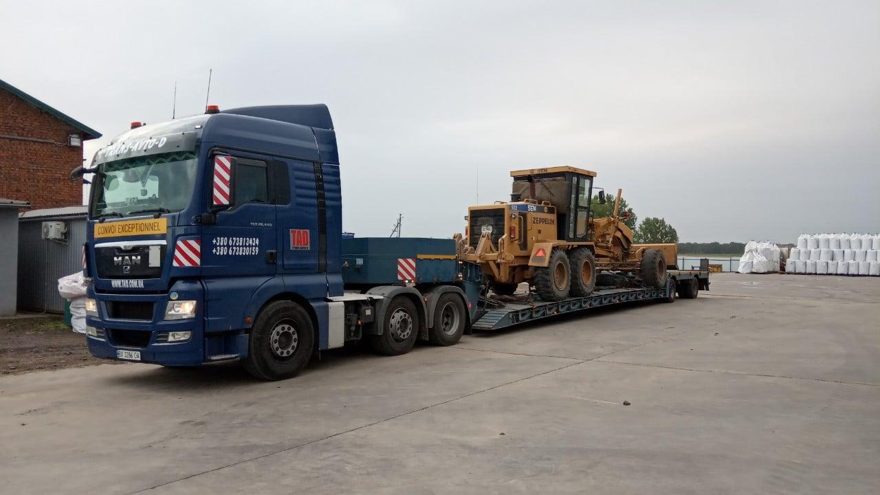 Перевозка дорожного бульдозера SEM - 2