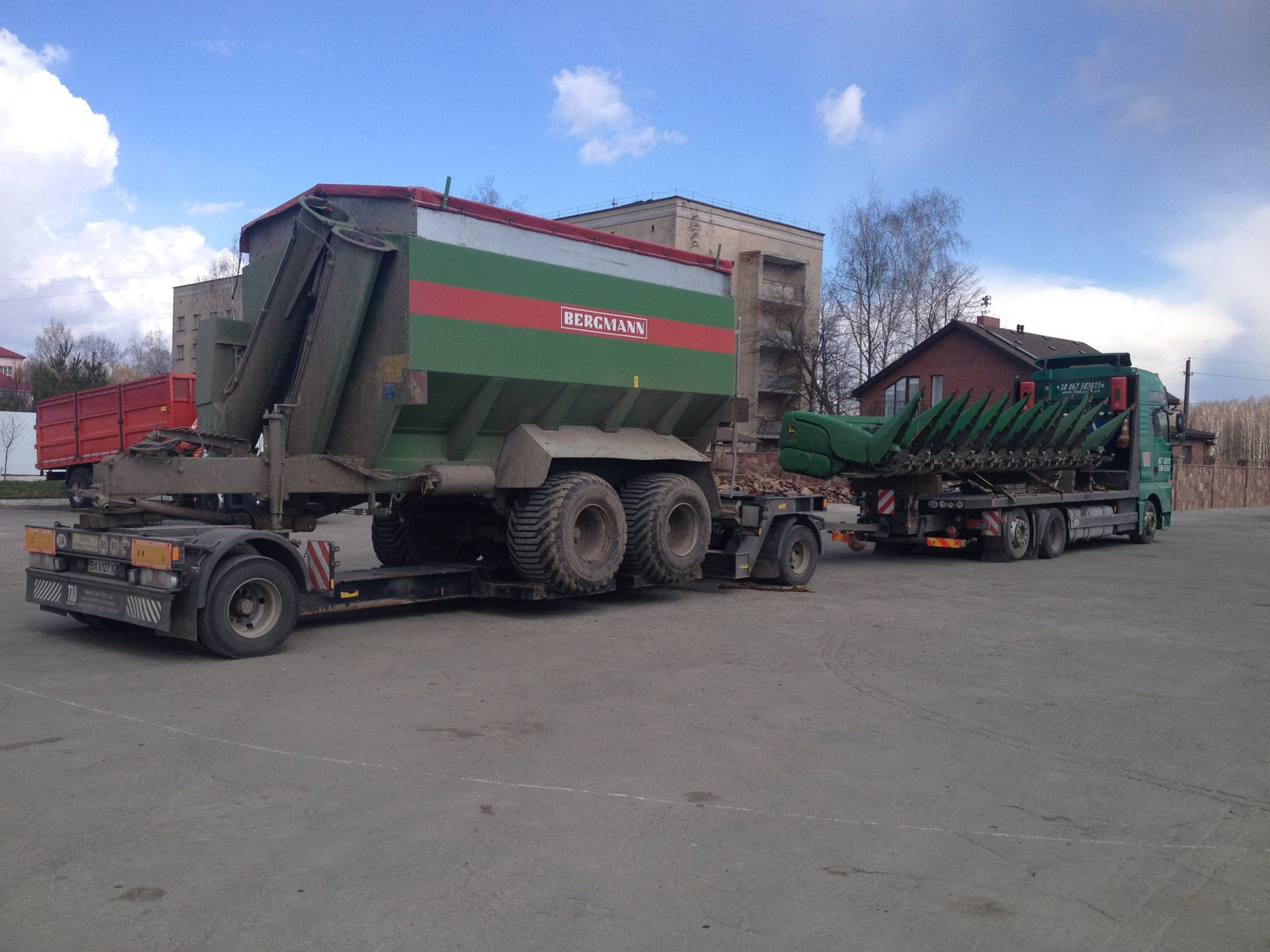 Bergmann fertilizer spreader transport