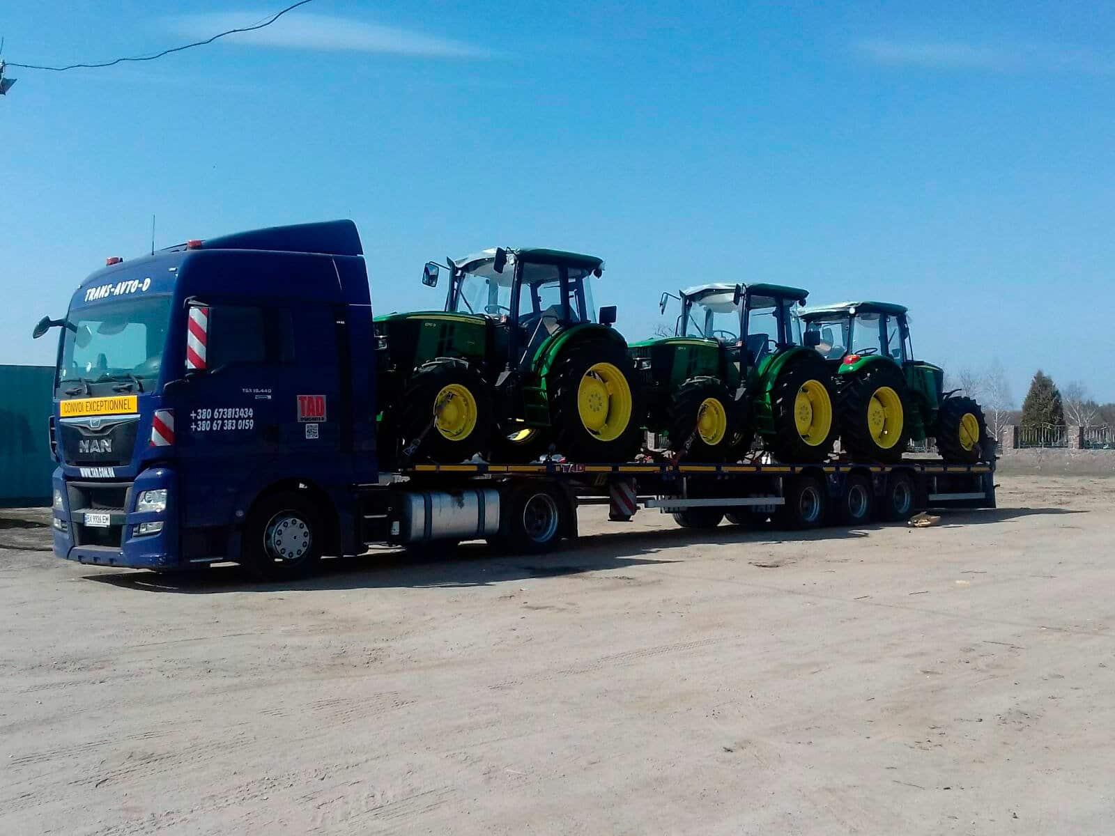 Перевезення тракторів JohnDeere