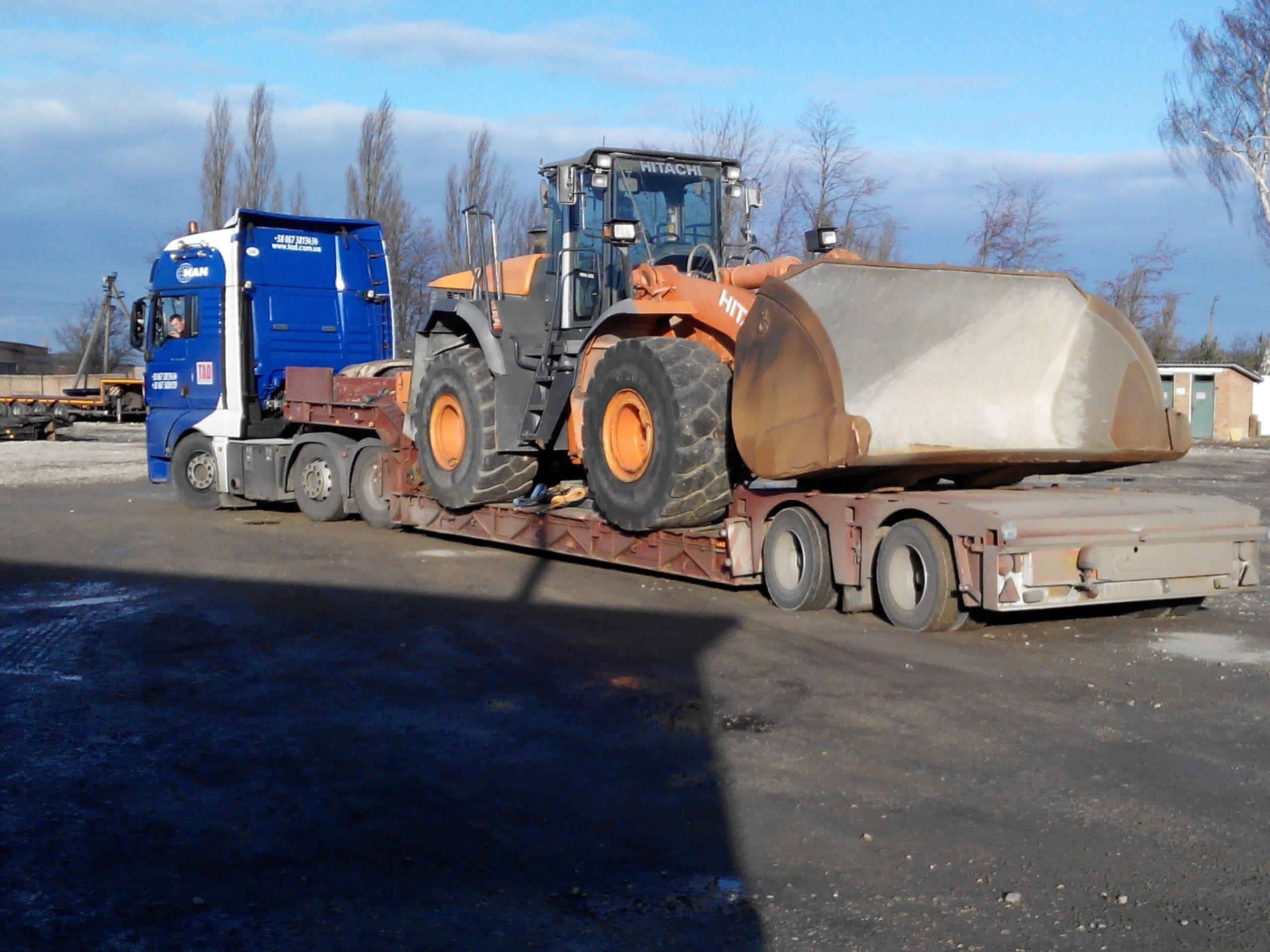 Перевозка бульдозера HITACHI по Украине