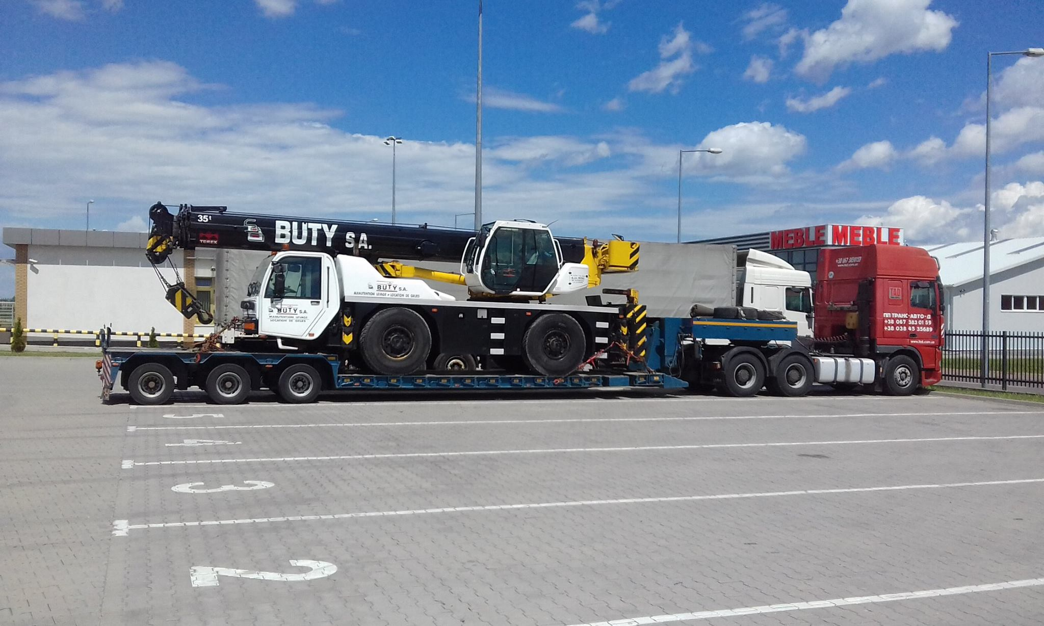 Transportation-truck-crane-TEREX-weighing-25-tons-route-Poland-Odessa-