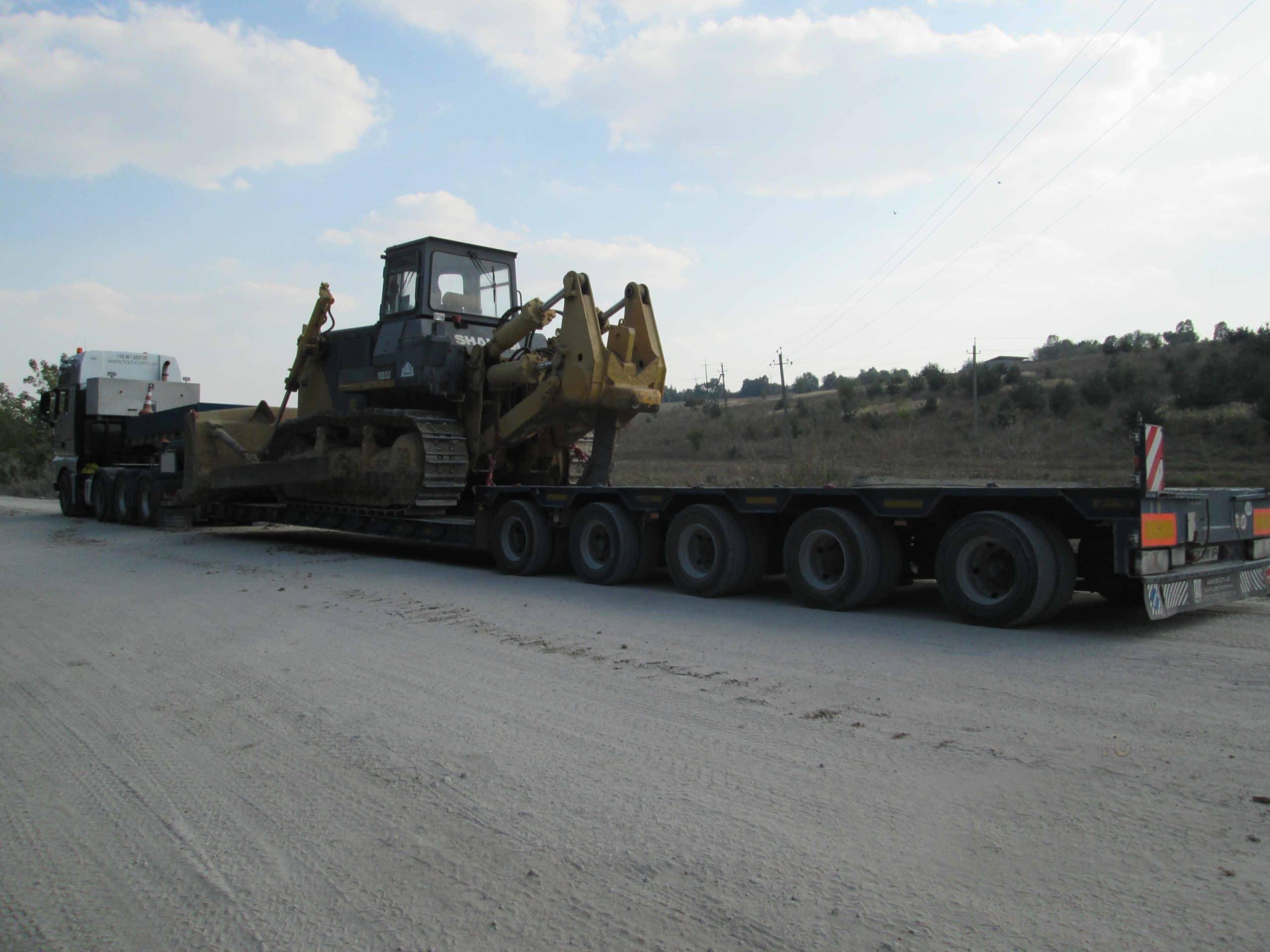 Перевозка-гусеничных-тракторов
