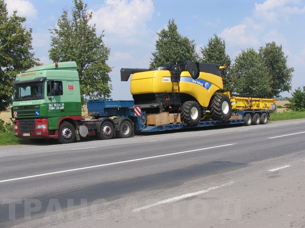 Перевозка-комбайна-New-Holland-CX-80-80-Украина