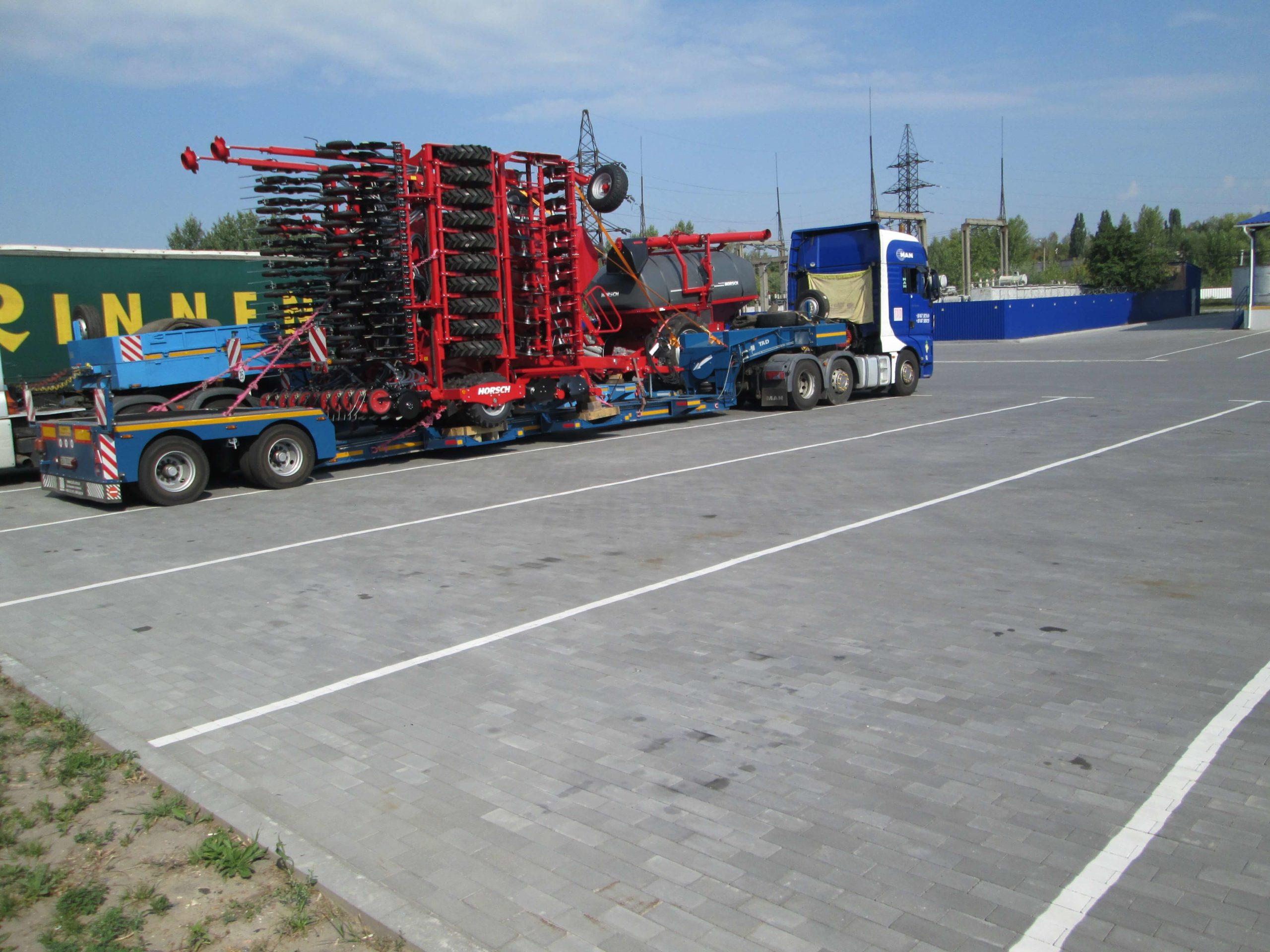 Перевозка-сельскохозяйственной-техники-Horsch-в-Украину