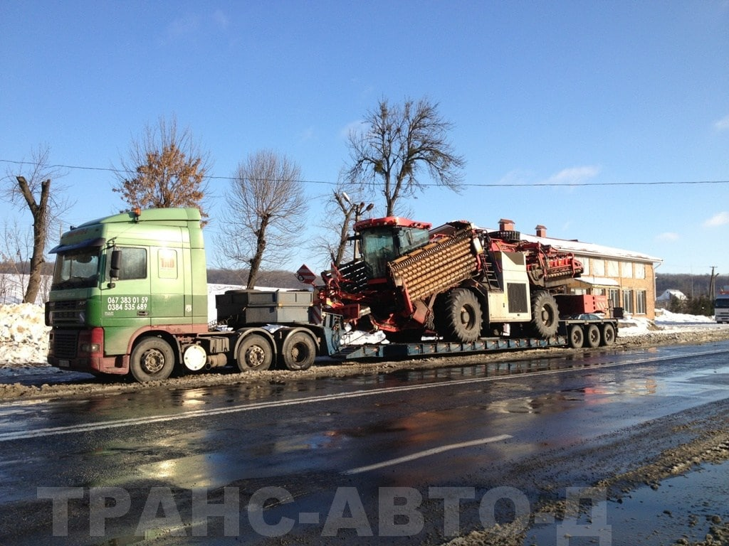Transportation-beet-harvester-loader-HOLMER