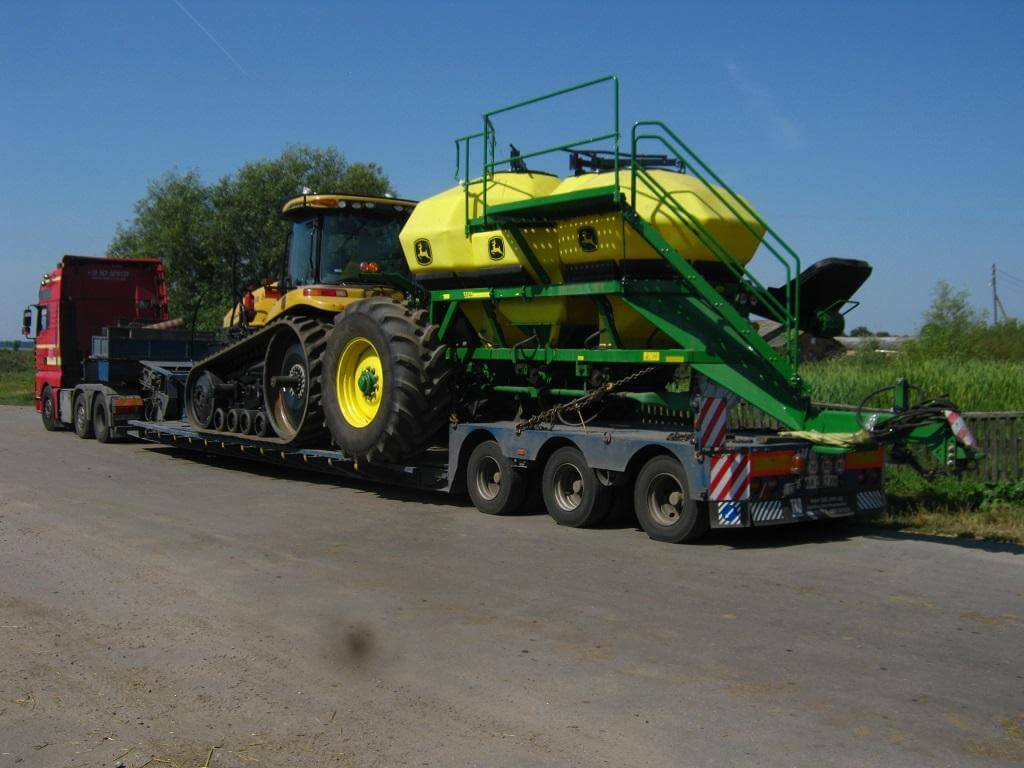 Transport-Technology-John-Deere