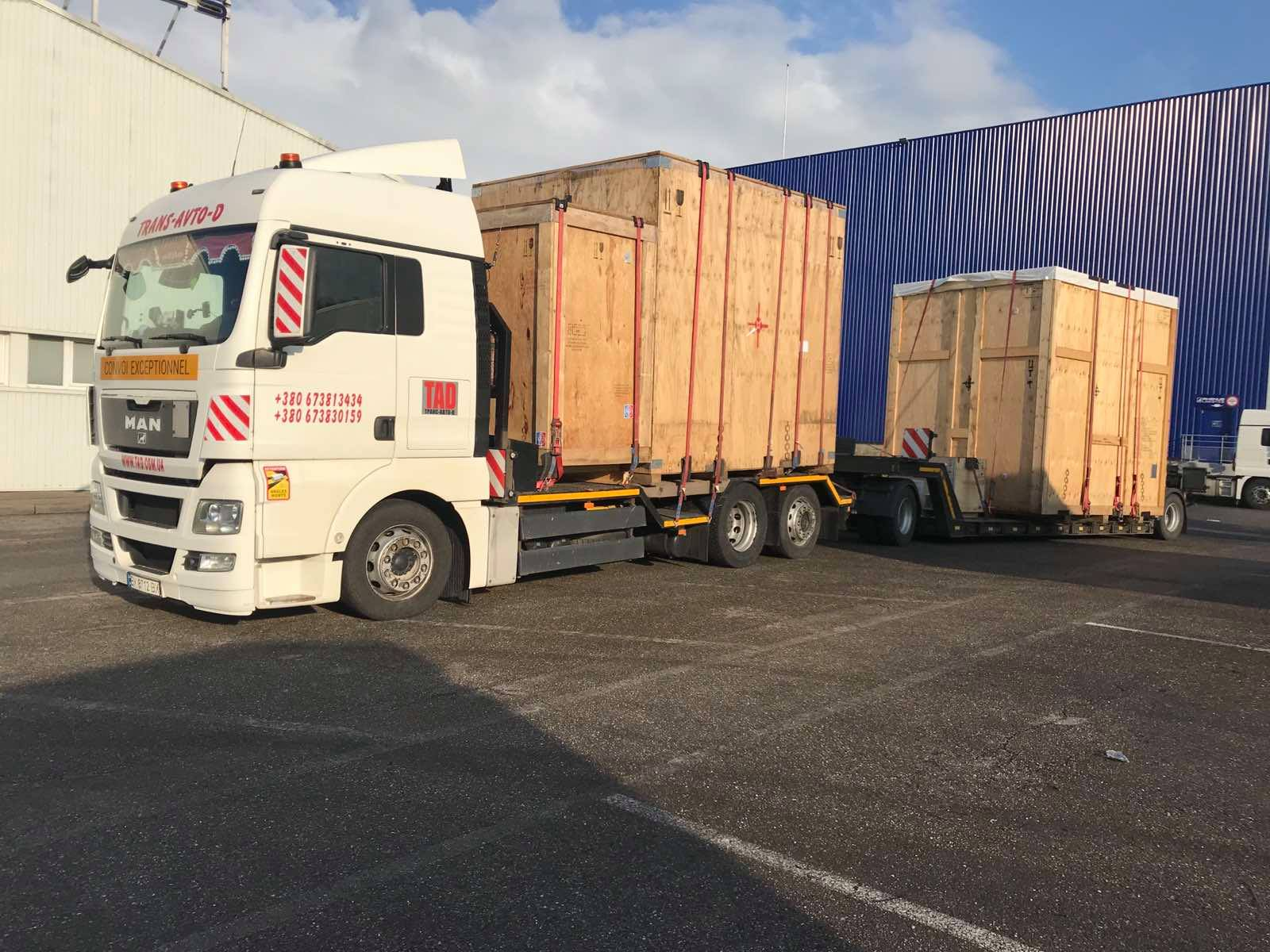 Transportation of industrial oversized cargo