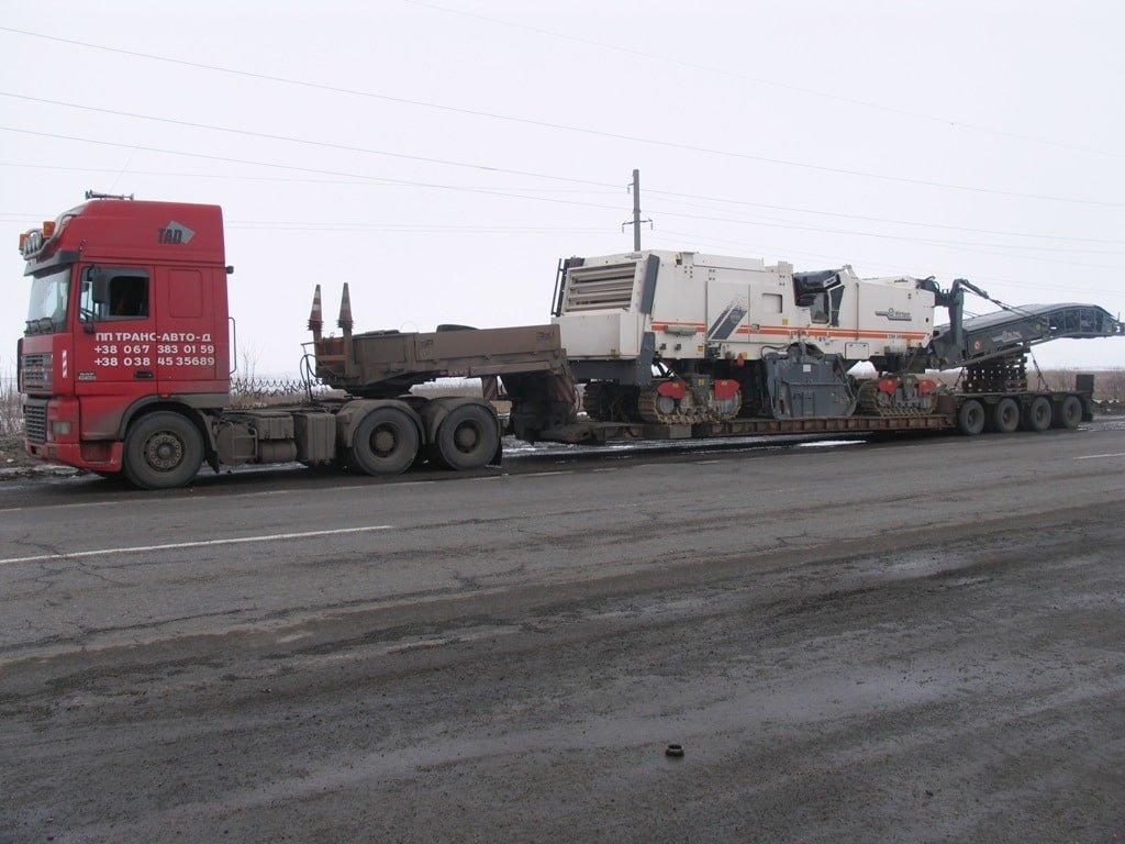 Transportation-of-quarry-equipment