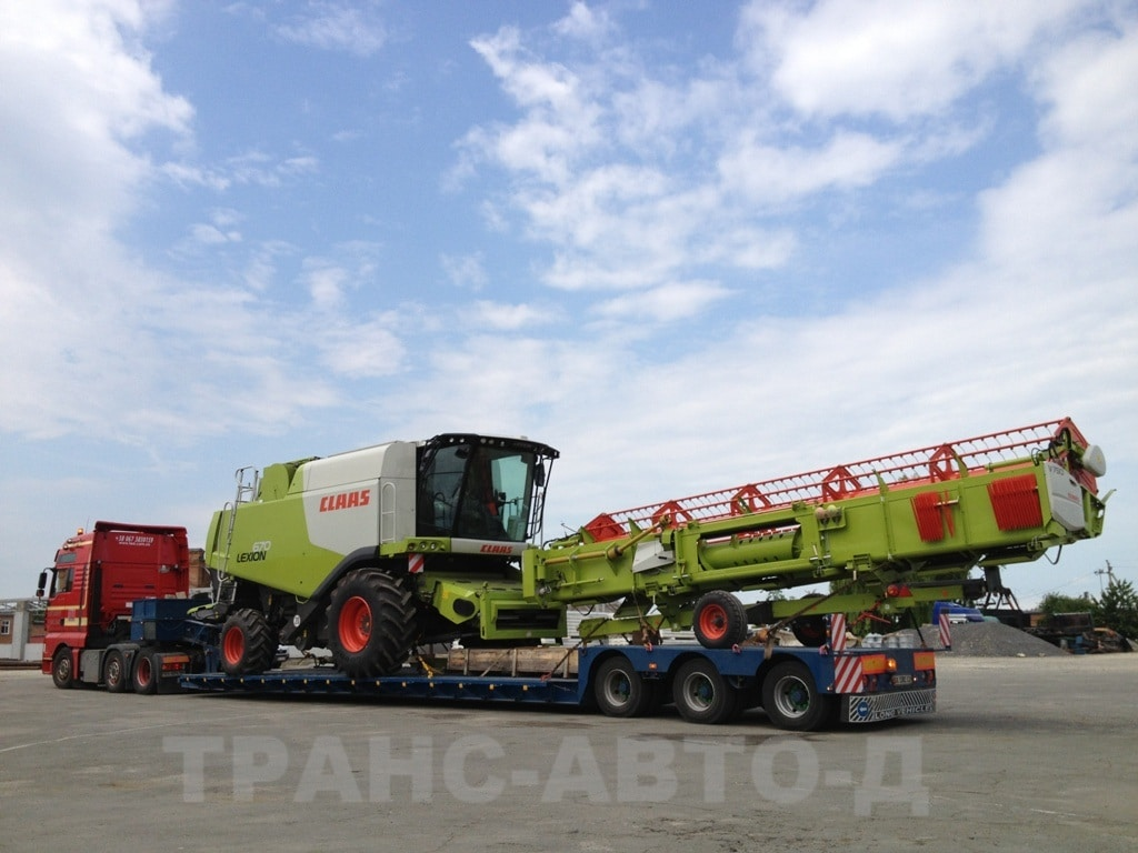 Transportation-combine-Lexion-670-in Ukraine