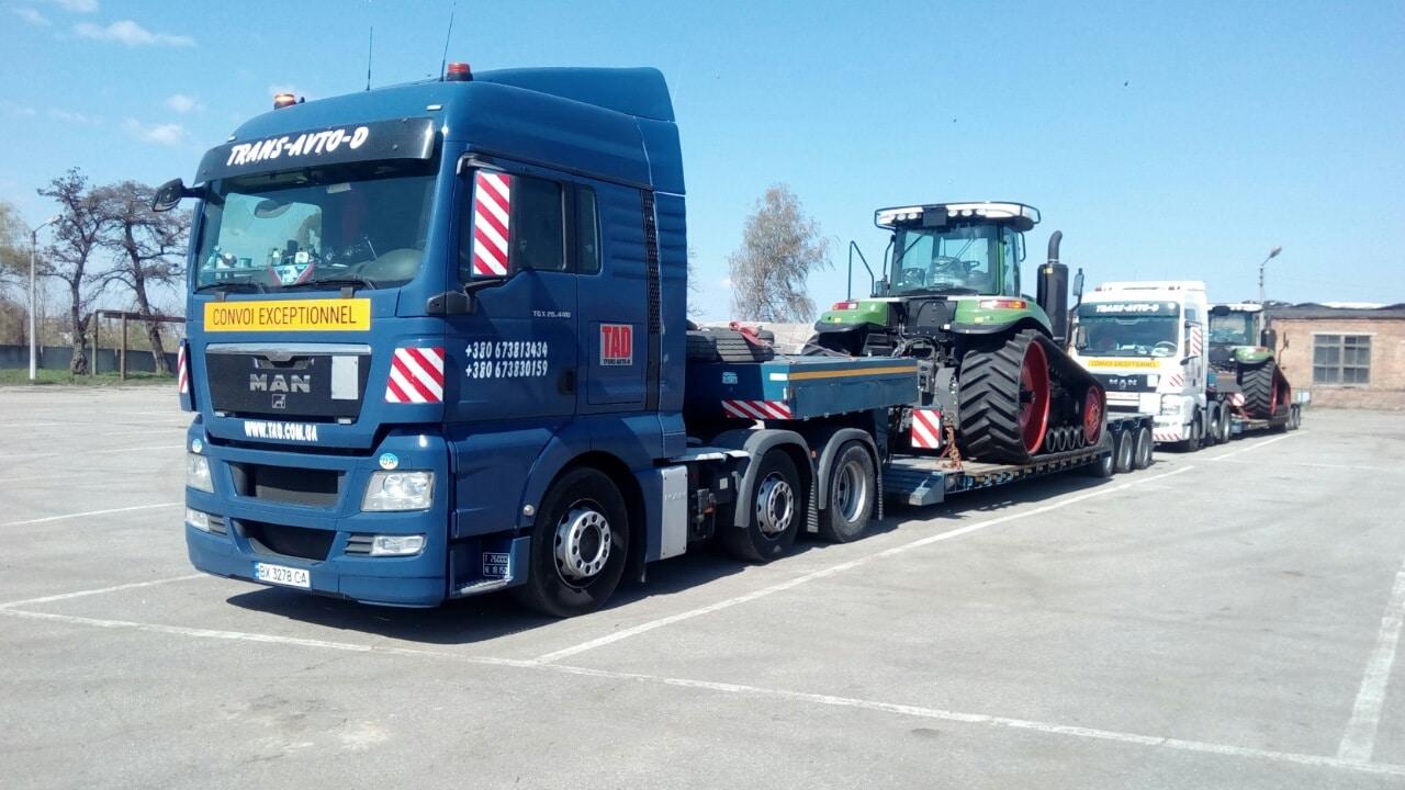 Tractor-mounted-john-deere-tracked