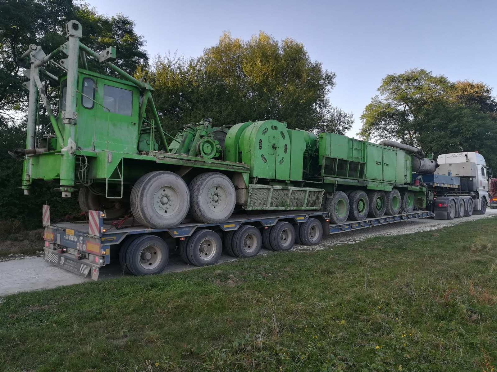 Перевозка буровой установки. Габариты длина 15 метров, ширина 3 метра, высота 4 метра -2